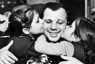 Юрий Гагарин: судьба детей первого космонавта Земли